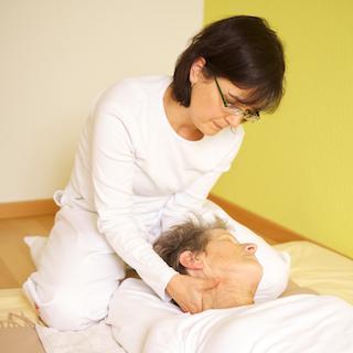 Shiatsu-Therapie Nähe Thun