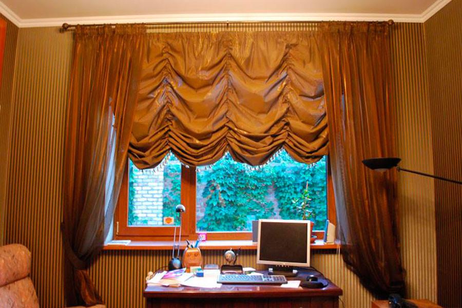 Австрийская штора в кабинете; ткань -  Anka