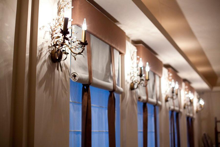 Вьетнамские тканевые шторы в ресторане