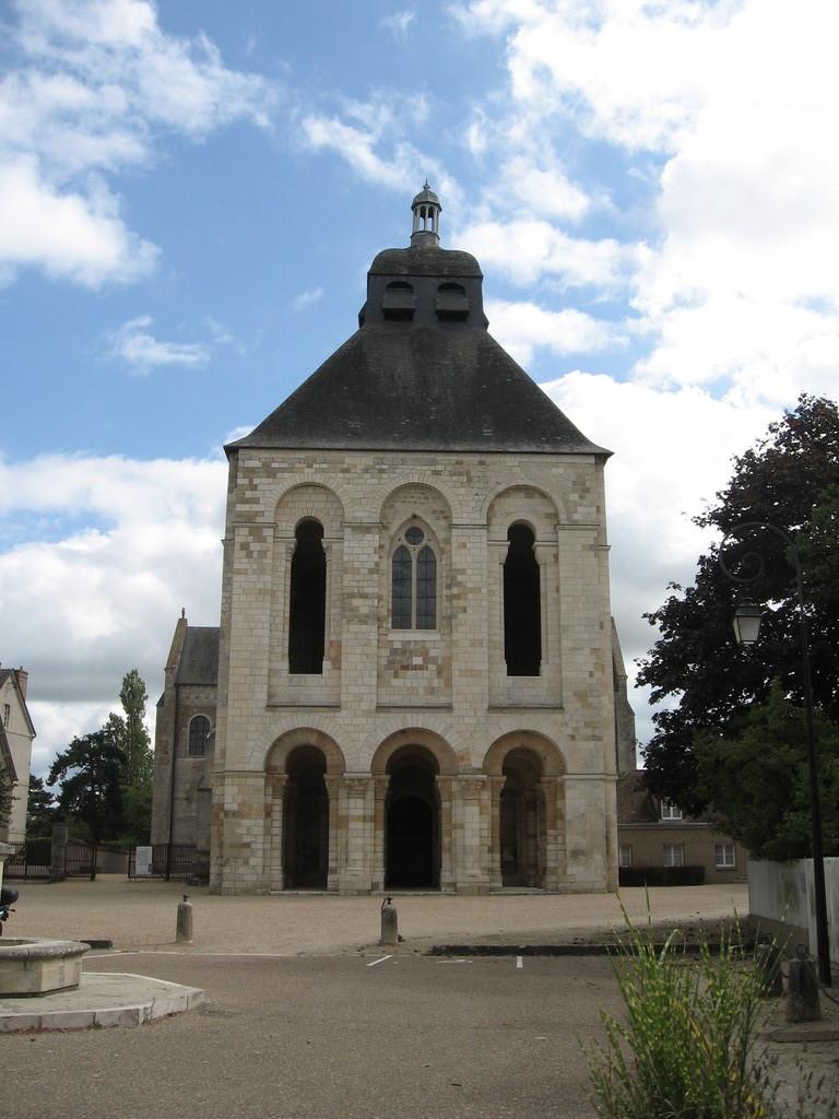 Saint Benoit - la Basilique
