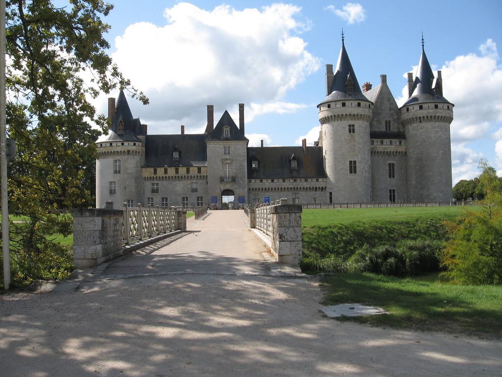 Sully sur Loire - le château