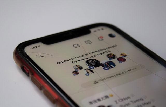 Displayschaden auf dem Smartphone