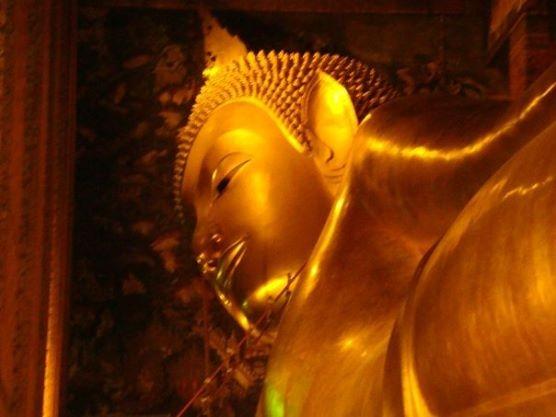 Laying Buddha in Wat Pho, Bangkok, Thailand