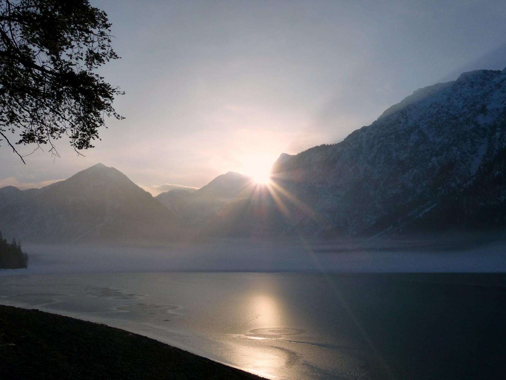 Der Heiterwanger See bei Sonnenaufgang