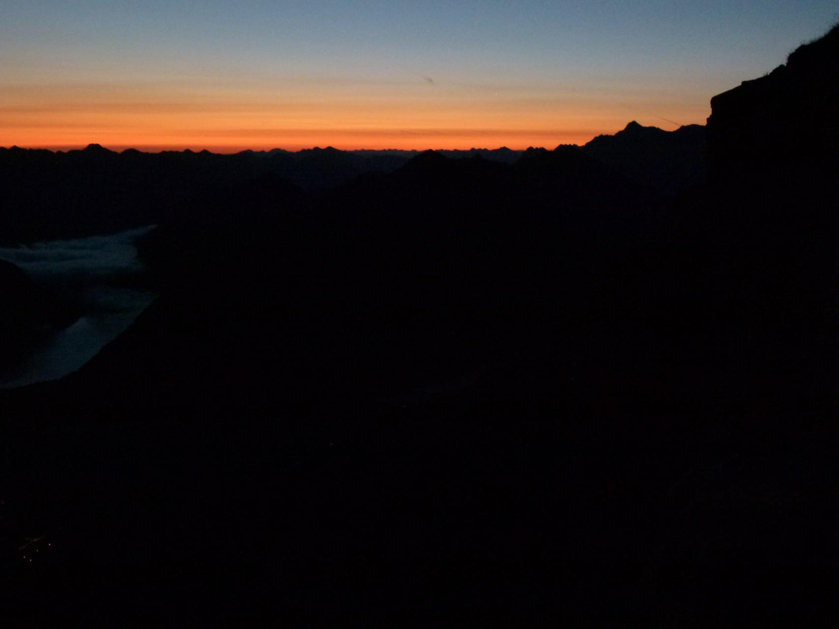 Blutroter Sonnenaufgang