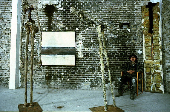 Amador Vallina with paintings and sculptures in his studio in Wiesbaden