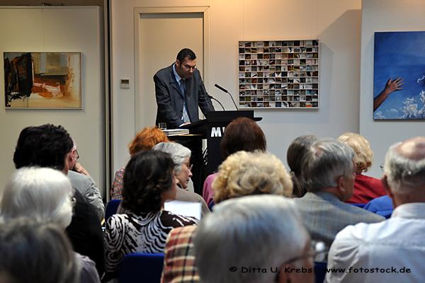Begrüßung: Horst Schömbs, Regionaldirektor der MVB eG