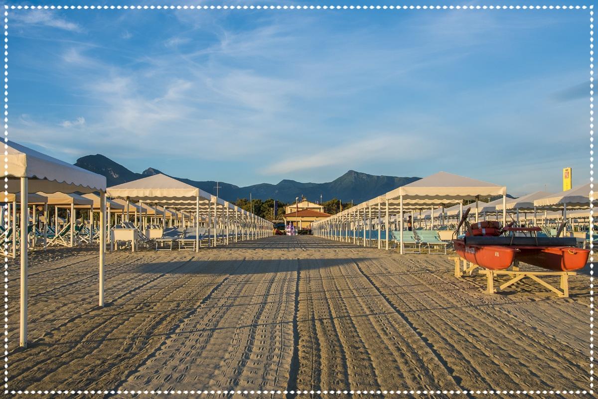 Servizi bagno brunella e ada beach stabilimento balneare a lido di camaiore versilia - Bagno brunella lido di camaiore ...
