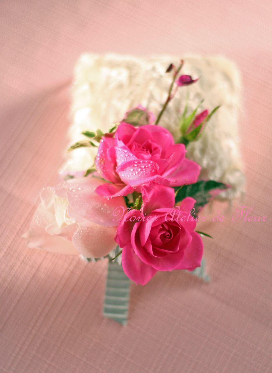 生花 ピンクのバラとフランネルフラワーのブーケ ブトニア
