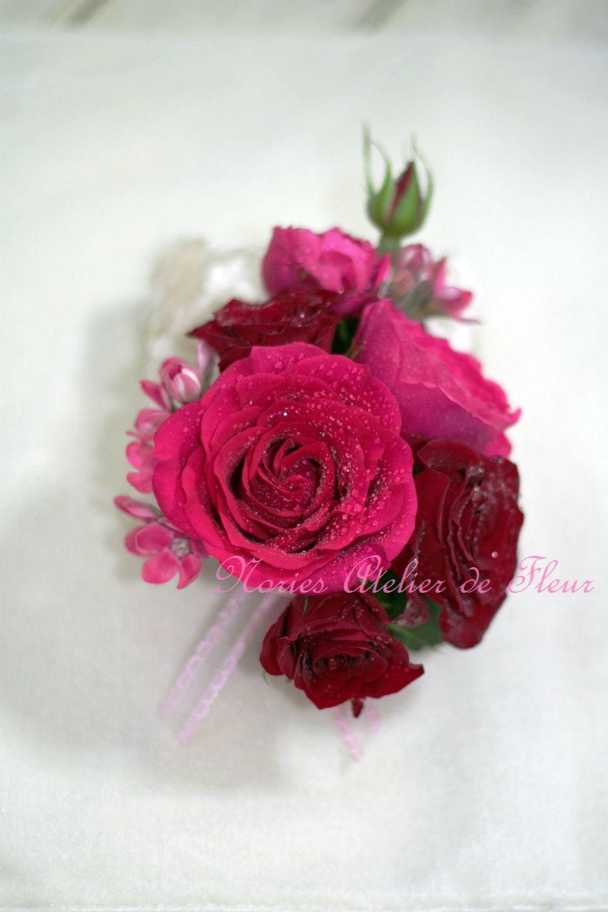 生花 ピンクのバラとスカビオサのラウンドブーケ 花婿様のブトニア