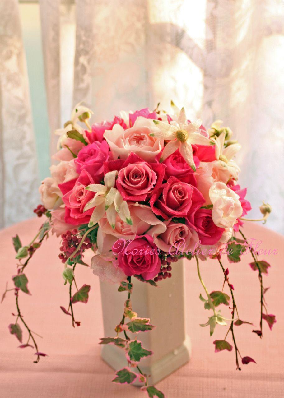 生花 ピンクのバラとフランネルフラワーのブーケ