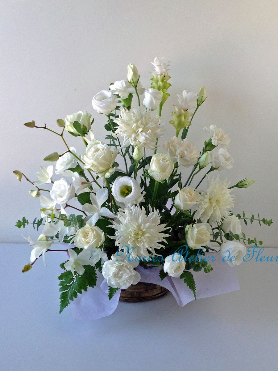 トルコキキョウ、白菊のお悔やみの花