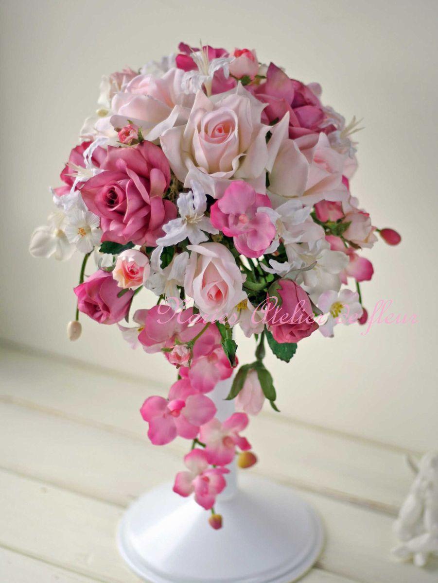 Carol キャロル ピンクのバラとコチョウランのアーティフィシャルフラワーのキャスケードブーケ