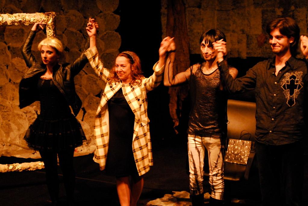 """Maggio 2010 """"AOI"""" al Teatro Agorà"""