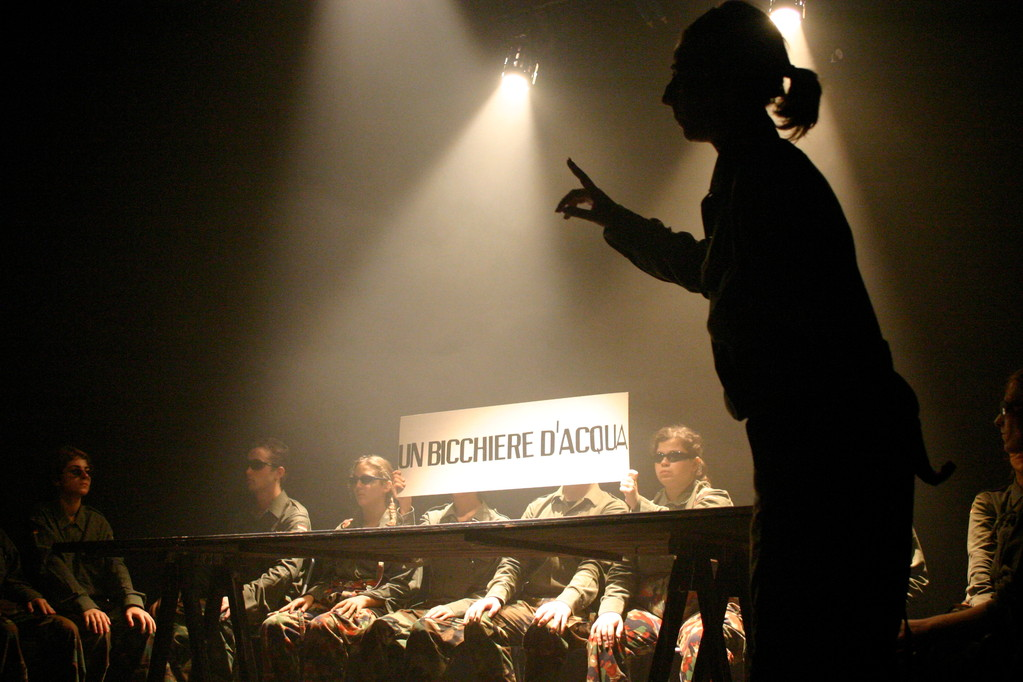 """Ottobre 2004 """"Plastica"""" al Teatro Agorà"""