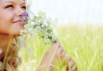 """""""Le bonheur, quel qu'il soit, apporte air, lumière et liberté de mouvement"""" Nietzsche"""