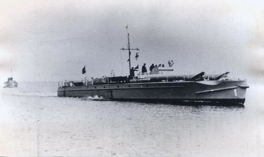 """S-Boote des Typs """"S 1"""" einlaufend Travemünde - Bild: Schäfer"""
