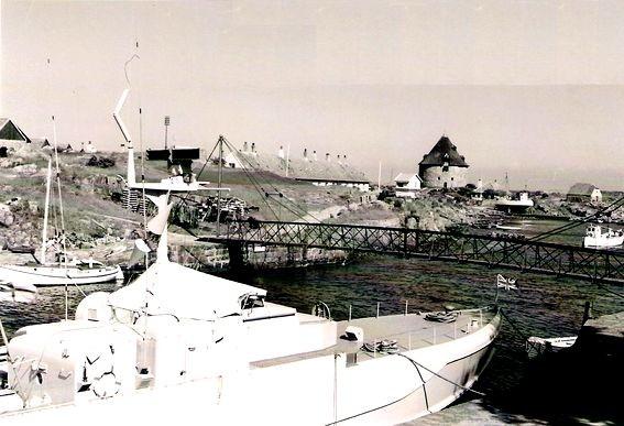 """""""Wild Swan"""" in Christiansø - Bild: Archiv Freundeskreis S-Boote und Korvetten"""
