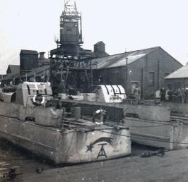 """""""S 204"""" und """"S 205"""" im Hafen von Felixstowe - Foto: Archiv Roderick Timms"""