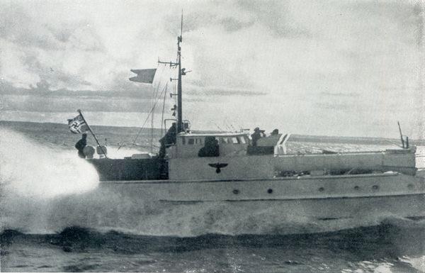 """Stander """"Z"""" weht hier bei einer Angriffsübung vor dem Krieg auf einem Boot der Serie S 14 - Bild: Aus dem Buch Fr. Meier """"Kriegsmarine am Feind"""""""