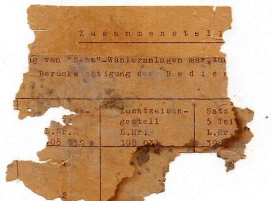 Rest der Telefonbedienanleitung gefunden in Villa Sandhage bei Renovierung 1999 - Foto: M. S. Laarman