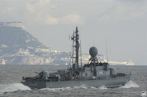 """""""S70 Kormoran"""" vor Gibraltar - Bild: Stefan Gerold (Neue Westfälische)"""