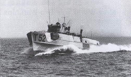 "T 52 (ex ""S 107""), ab 1951: ""Gribben"", P 552 - Foto: Aus R. Steensen: ""Vore Topedobaade i 75 aar"
