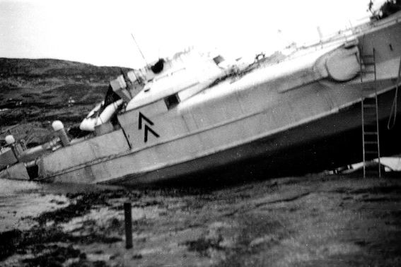 "Das havarierte ""S 201"" November 1944 - Fotos: Archiv Johan Aakre"