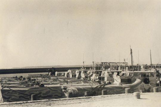 S-Boote mit Tarnanstrich im Päckchen - Foto: Archiv H. Haag