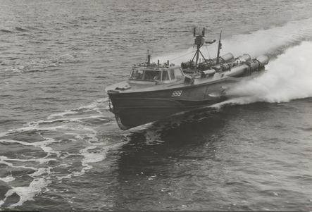 """LTS vom Typ """"Wiesel"""" (Version Torpedos) in voller Fahrt - Bild: Archiv Mehl"""