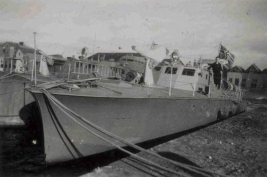"""""""SA 2"""" im Hafen von Horten - Foto: Archiv Tjalsma"""