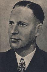 Kapt z.S. Petersen    499. Eichenlaufträger - Foto: PK-Aufnahme