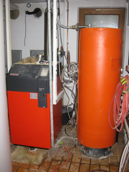 Vorhandener Ölkessel + Warmwasserspeicher