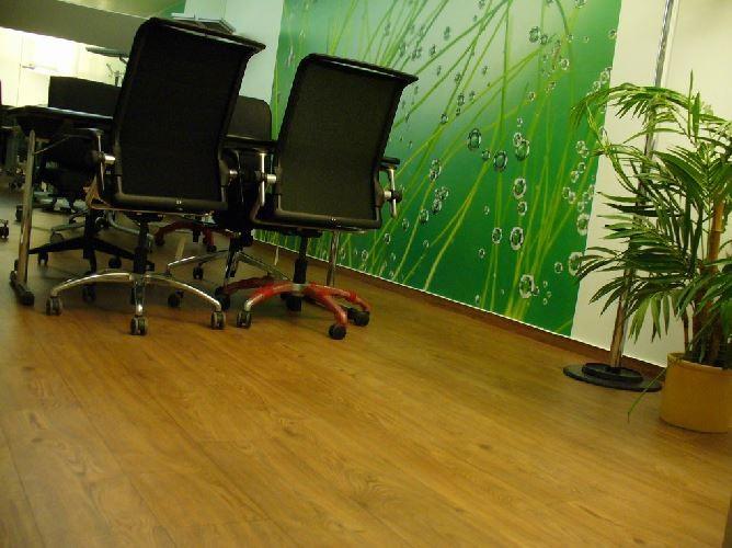 Böden und Fototapete im Untergeschoss