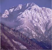 剣岳を望む