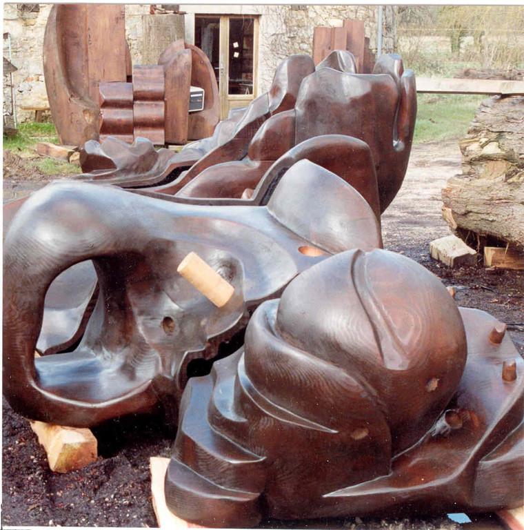 sculpture en bois de séquoia