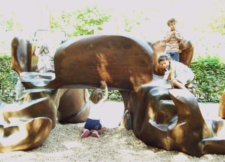 le Char du soleil - sculpture ludique en bois de séquoia
