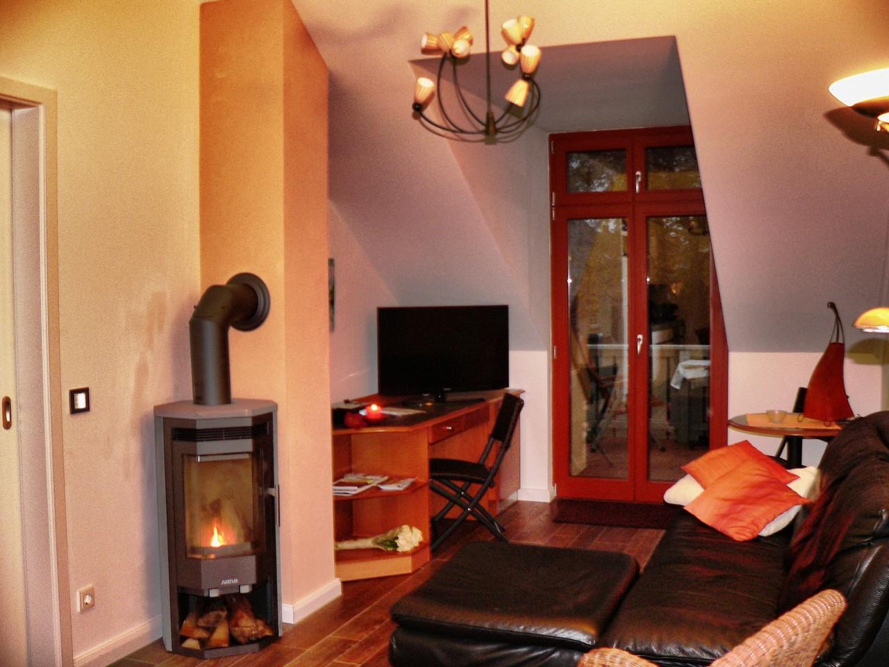 Wohnzimmer !  Neu mit Kamin ab Oktober 2012