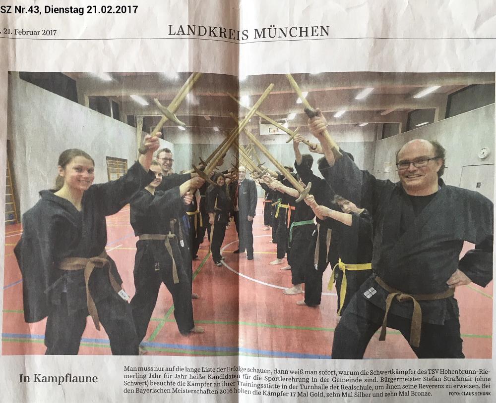 """""""In Kampflaune"""", Süddeutsche Zeitung Nr.43, 21.02.2017 - Landkreis München, R9"""