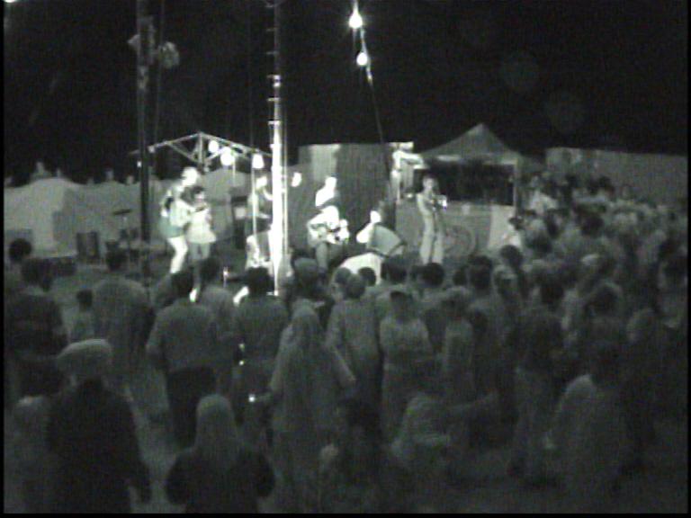 Cabaret ambulant, Roumanie, 2001