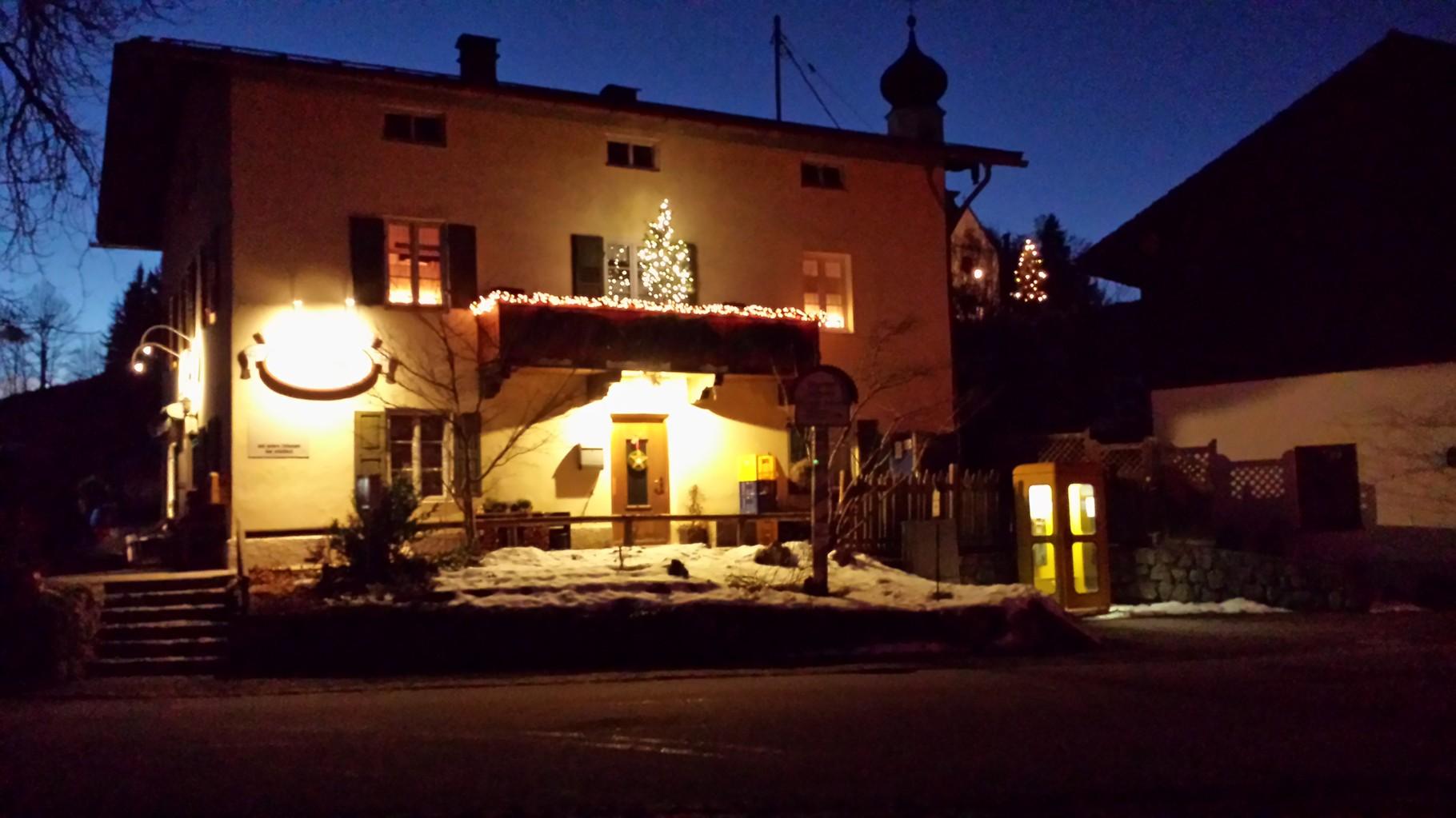 Weihnachten am Dorfladen