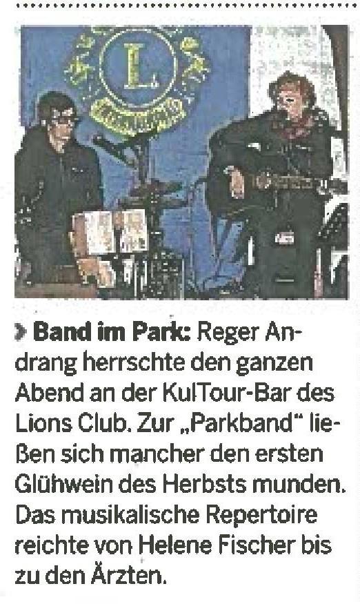 """Zeitungsartikel der Neumarkter Zeitung: """"Reger Andrang herrschte den ganzen Abend an der KulTour Bar des Lions Club. Zur Parkbank"""""""