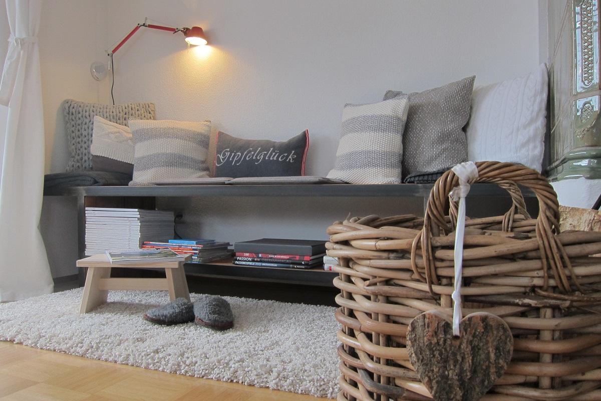 die wohnung alpspitzliebe design ferienwohnung alpspitzliebe design ferienwohnung garmisch. Black Bedroom Furniture Sets. Home Design Ideas