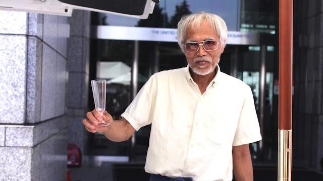 夏秋葡萄(NATSUAKI BUDAWA)、WINE PRODUCERの秋元久夫さん。「デパートやスーパーにはない、自分にしかつくれないワインを用意しているので、ぜひ一度遊びにきてください。」