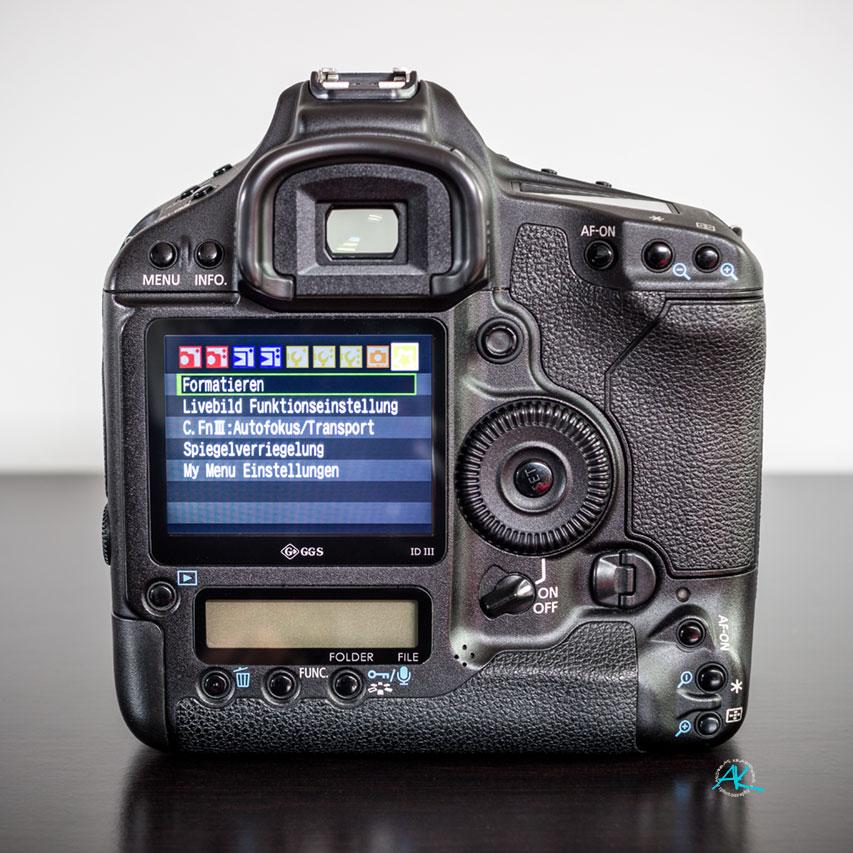 Canon EOS 1D Mark-III, Rückseite