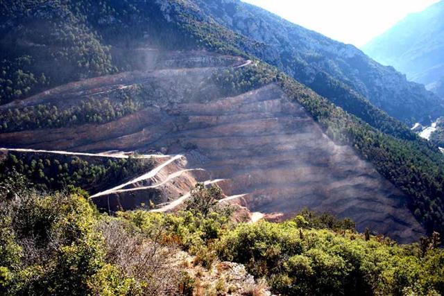 Una sentencia declara nul el programa de restauració de la macrocantera de Comacsa a l'Alt Urgell