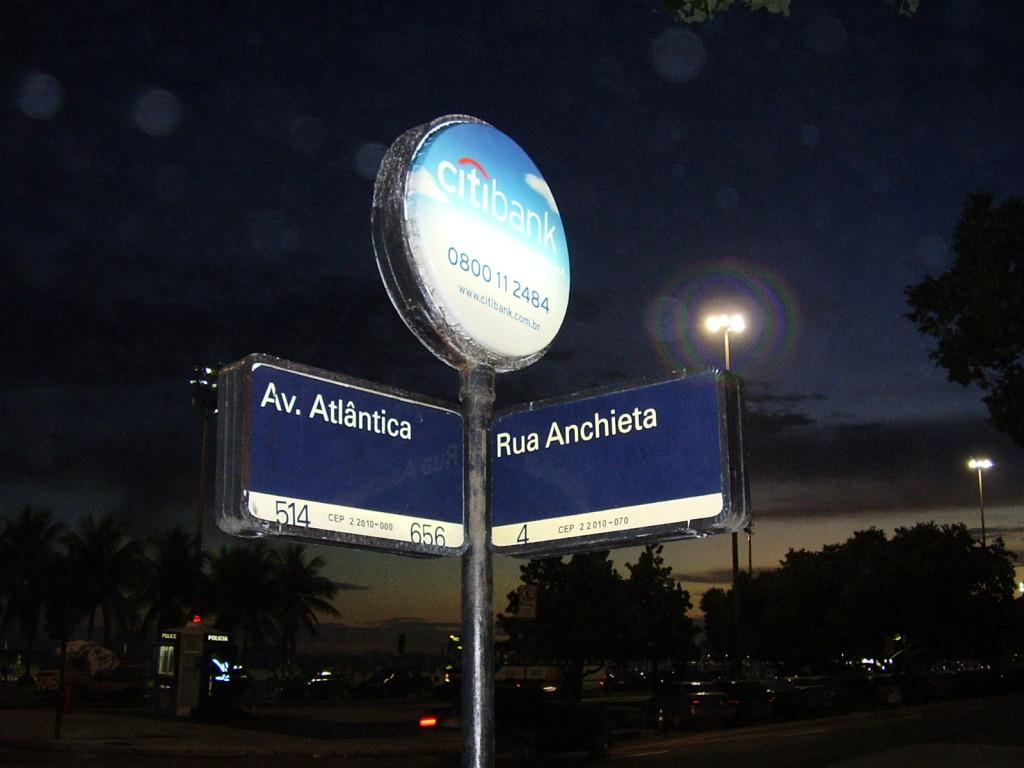 das Straßenschild der rua Anchieta (Anchietastr.)