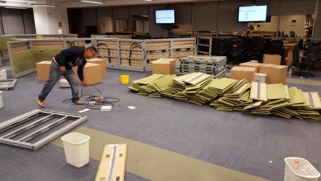 Desarmado mudanza y tapizado de muebles mudanza de for Mobiliario y equipo de oficina