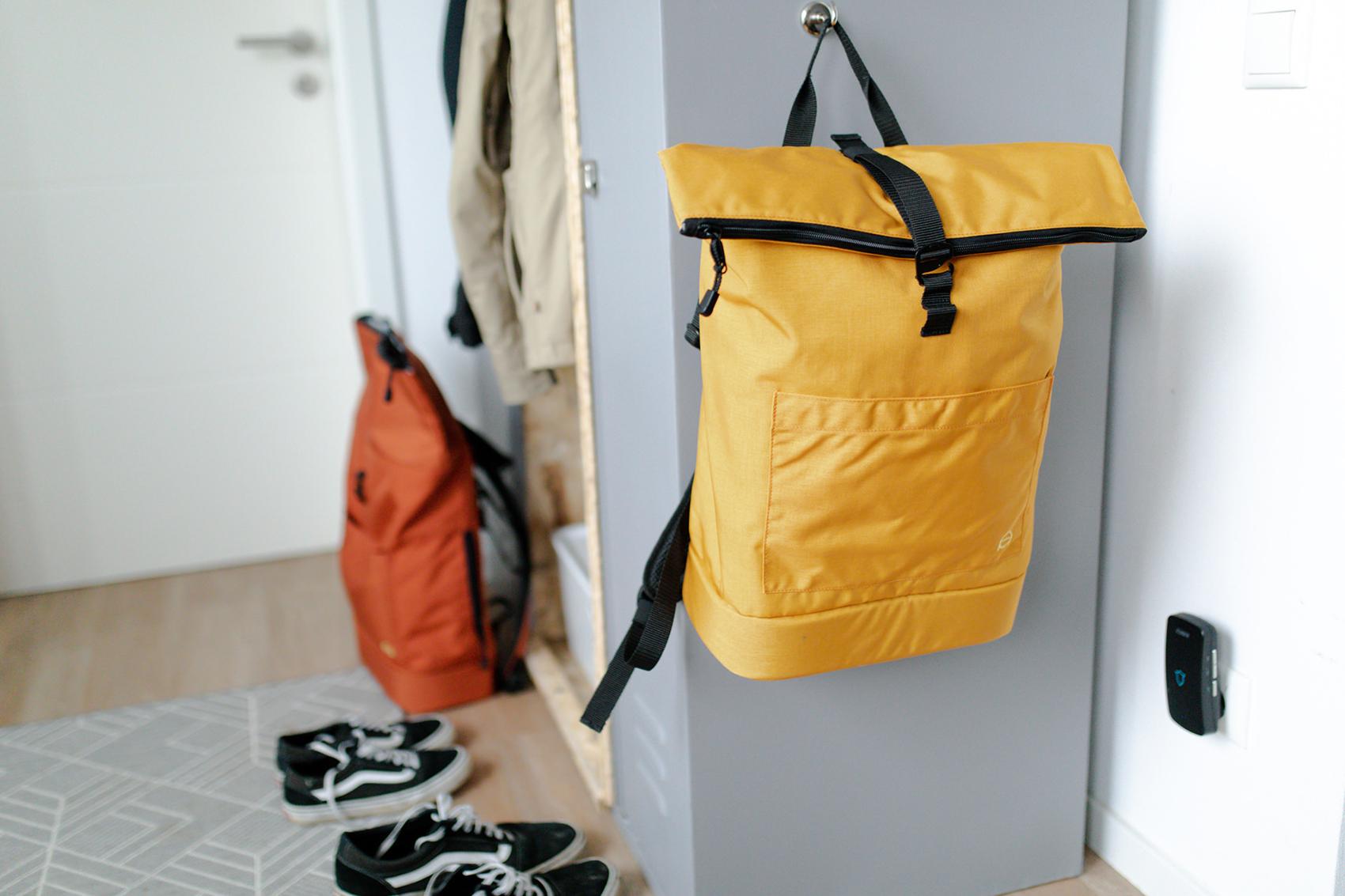 Vollgepackter Wickelrucksack für Alltags-Abenteuer