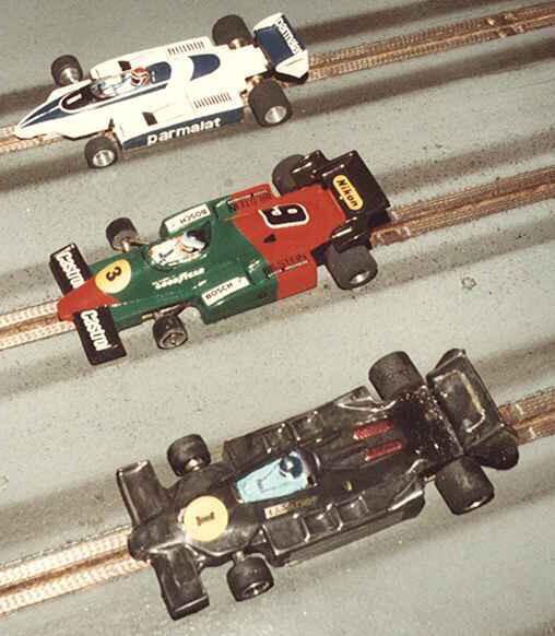 Formule 1 série 2 : Brabham Bernard Pons, Alfa-Roméo Dominique Bellenger, Lotus 79 JPS Patrick Cardin